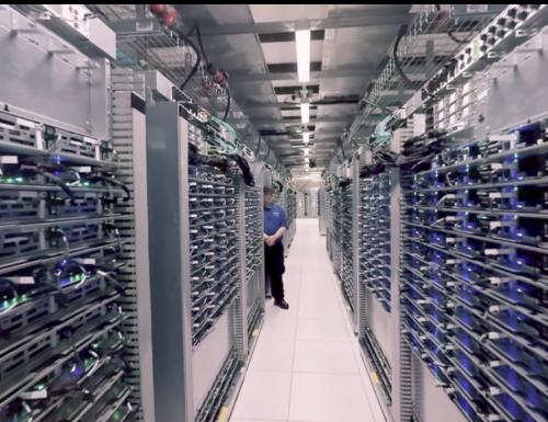 """Google vi porta sulla sua """"nuvola"""" con un tour a 360°"""
