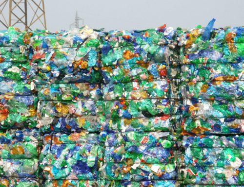 Ecco dove vanno a finire i nostri rifiuti di plastica